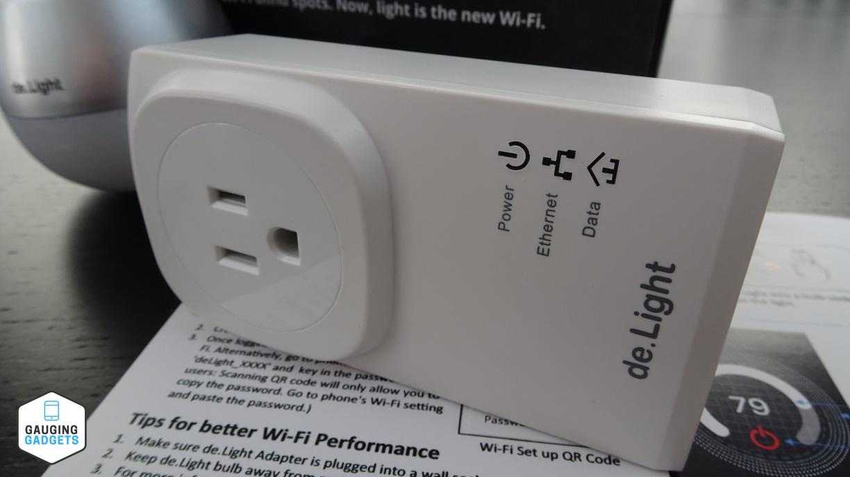 De Light Review Smart Light Blub And Wifi Extender